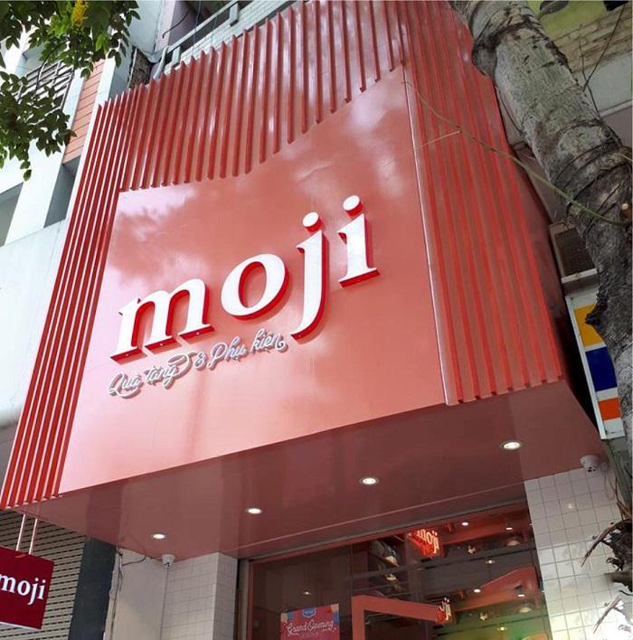 Bảng hiệu cửa hàng moji